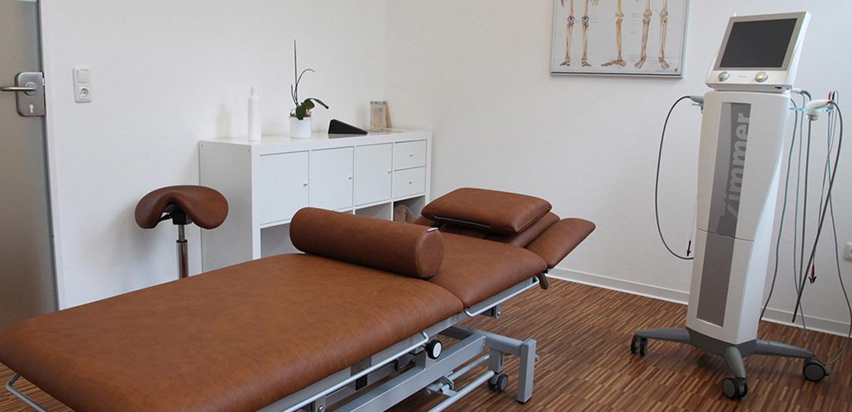 Behandlungsliege Physiotherapie-Praxis